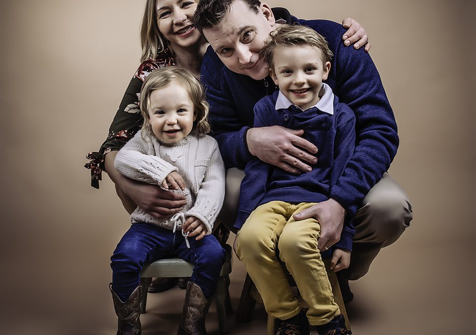 OLSON FAMILY SESSION IN THE STUDIO 2.8.20